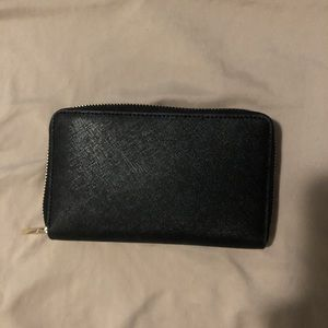 Tory Burch Bags - Authentic Black Tory Burch Continental Wallet